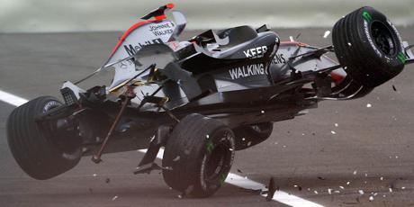 Quebras e defeitos na McLaren são coisas dopassado