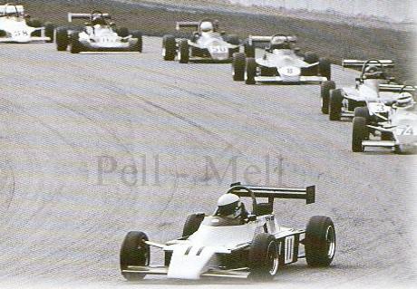 Senna acaba vencendo a corrida e o campeonato